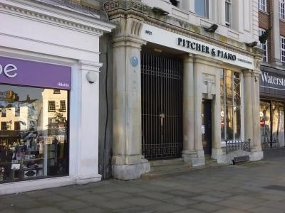 Pitcher & Piano - Hitchin