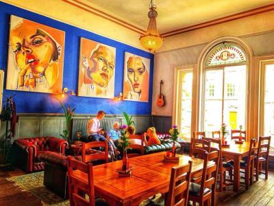 Liverpool Arts Bar - Liverpool